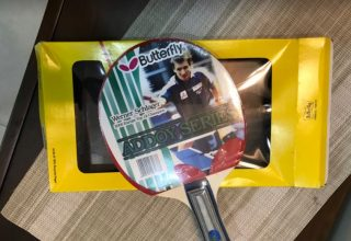 Table tennis Racket for table tennis lovers with pouch